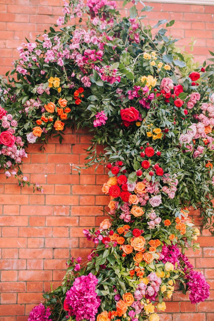 chelsea, chelsea flower show, chelsea in bloom, creative florist, early hours london, Early Hours LTD, florist at work, Harrys Dolce Vita, innovative floral installation, Knightsbridge, london florist, royal horticultural society, sloane street, summer of love