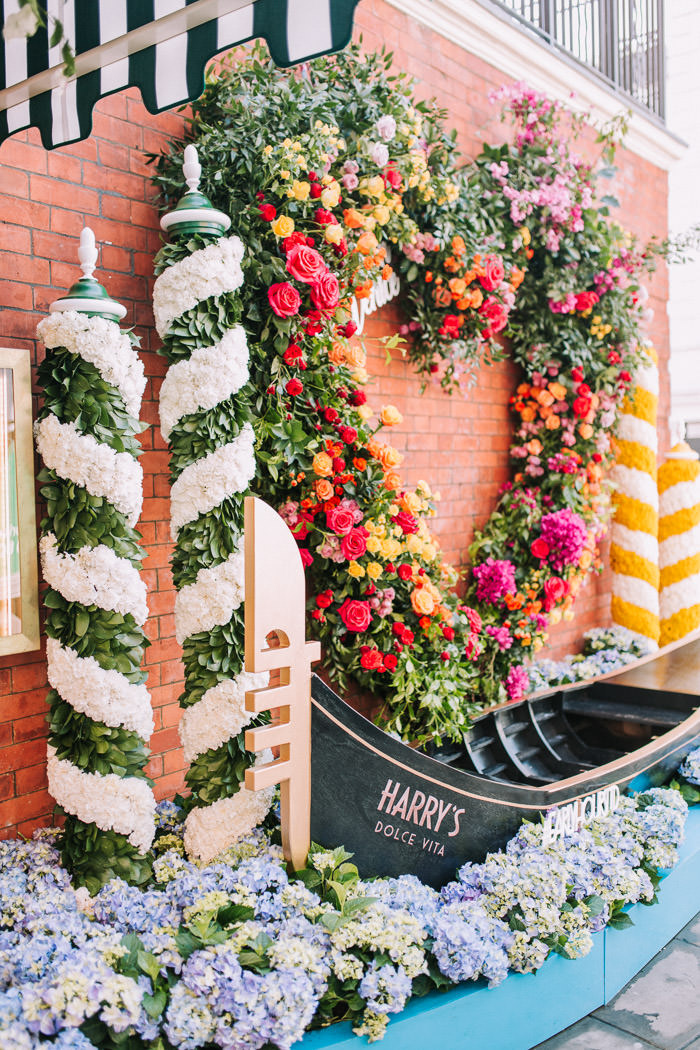 chelsea, chelsea flower show, chelsea in bloom, creative florist, early hours london, Early Hours LTD, florist at work, Harrys Dolce Vita, innovative floral installation, Knightsbridge, london florist, royal horticultural society, sloane street, summer of love