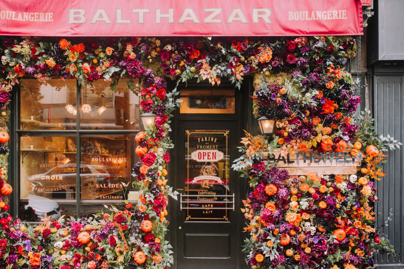 Autumn floral installations, Autumn flowers, Autumn in london, Early Hours London, faux flowers, floral design, floristry, innovative floral design, london florist, london hotspots, Luxury wedding, pretty city london, real flowers, shop flowers, shop installations