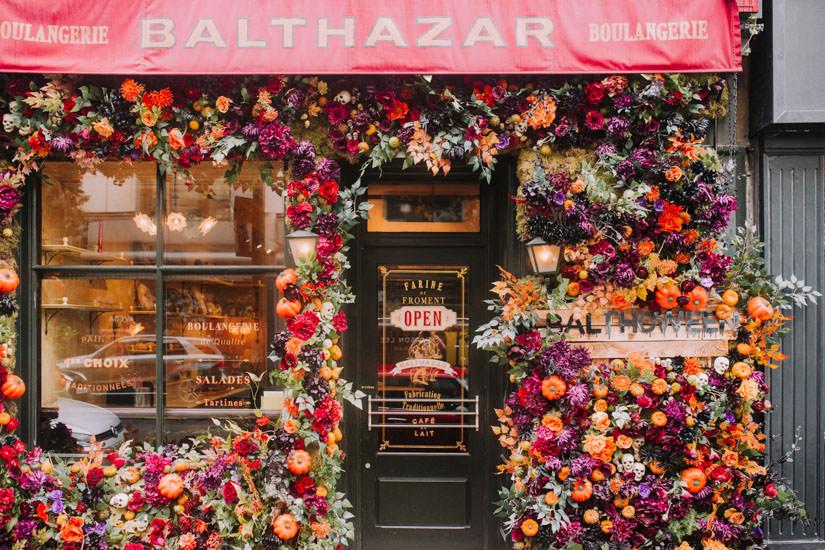 Autumn floral installations, Autumn flowers, Autumn in london, Early Hours London, faux flowers, floral design, floristry, innovative floral design, london florist, london hotspots, Luxury wedding, pretty city london, real flowers, shop flowers, shop installations